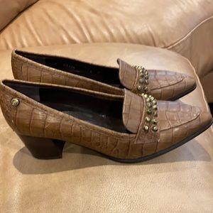 Brand new Stuart weitzman shoe
